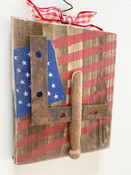 junky 4 on a scrap wood American flag