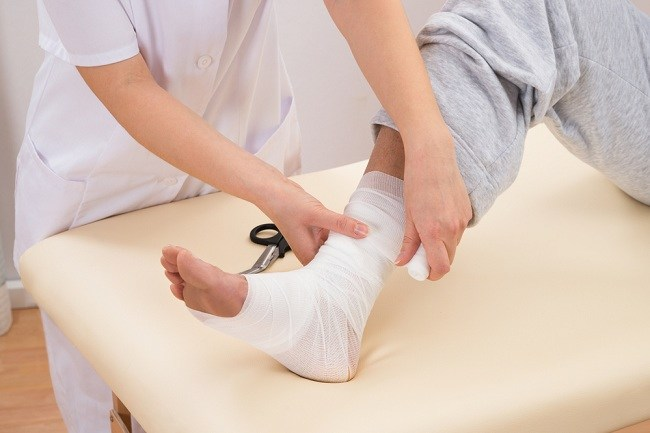 treatment for legs at home