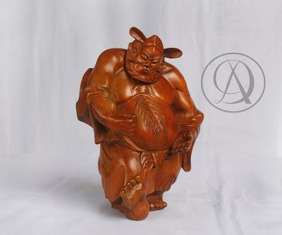 Divka Antik menjual barang antik, unik, kuno, langka, dan barang seni seperti Patung Dewa Cina