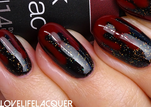 Blood dripping nail art