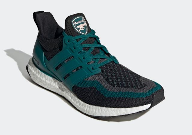giày Adidas UltraBoost phiên bản các đội bóng hàng đầu châu Âu