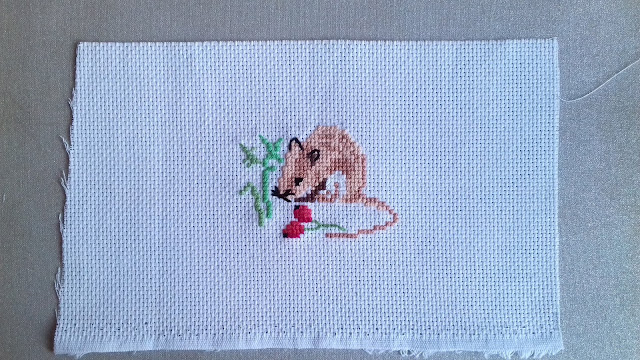 mysz, wyszywanie, haft krzyżykowy
