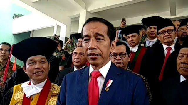 Dituduh PKI, Jokowi: Sudah Empat Tahun Diulang-ulang dan Masih Ada Saja yang Percaya