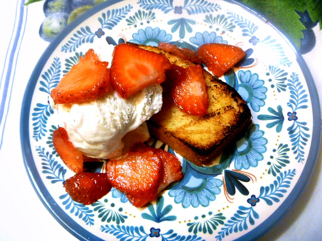 9 Summer Grilling Favorites 2018 - Grilled Lemon Pound Cake with Strawberries and Vanilla Ice Cream - Slice of Southern
