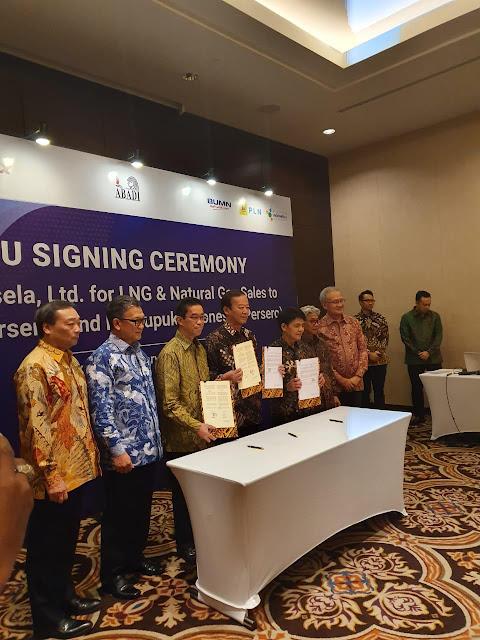 Nota Kesepahaman Suplai Gas PLN, Pupuk Indonesia dari Proyek LNG Abadi Ditanda Tangani