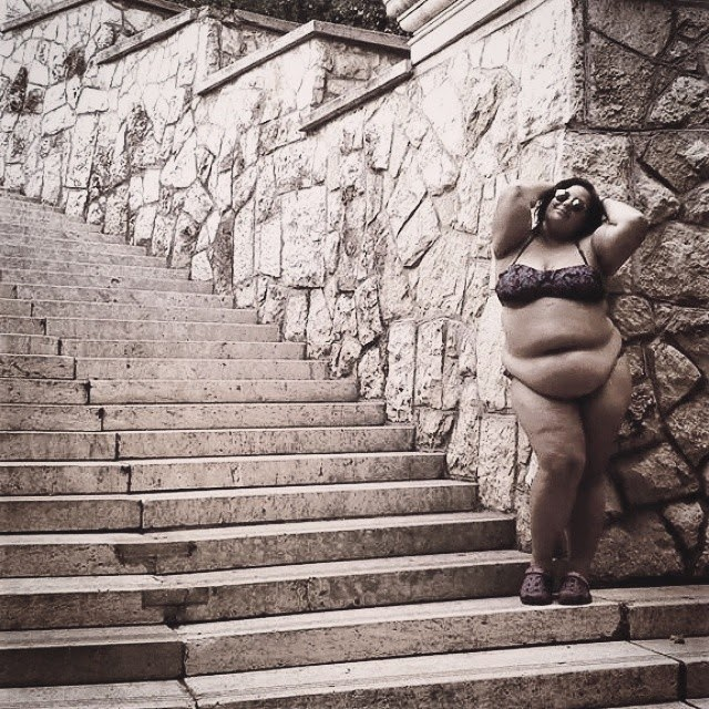 Welcome To Timely News World: Skinny who? Plus-sized bikini