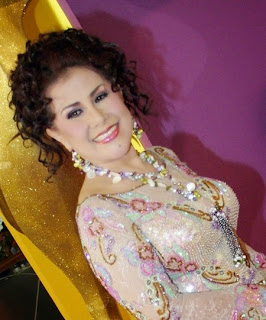 Download koleksi lagu Dangdut lawas original Elvi Sukaesih lengkap
