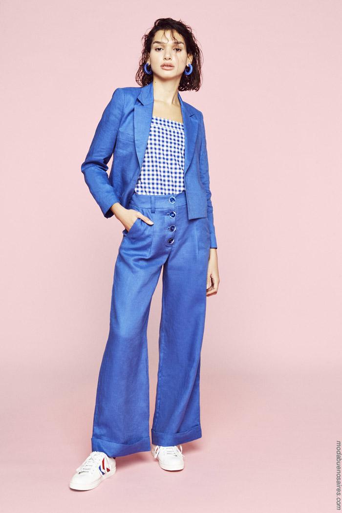 Pantalones de vestir oxfords primavera verano 2020. Moda mujer primavera verano 2020.