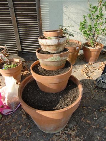 fertiger Erdbeerturm - Gartenblog Topfgartenwelt
