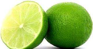 Foto de limón entero y otro en la mitad