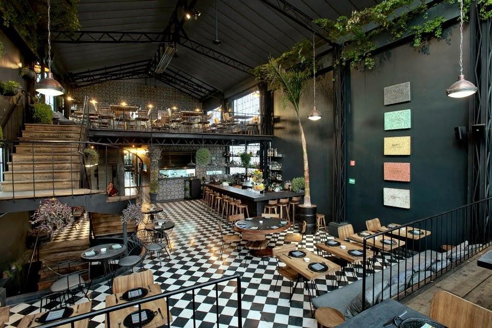 Le Noir Restaurant In Mexican City