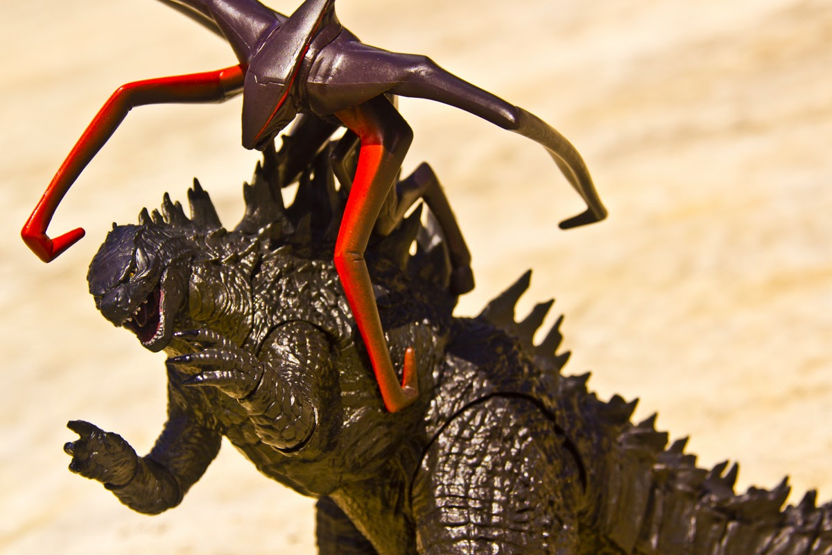 The Kaiju Planet Figure Review Neca 12 Inch Head To Tail