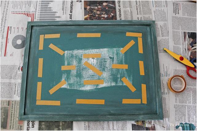 cuadro-reciclado-sin-cristal-colgar-lamina-diy-paso-5