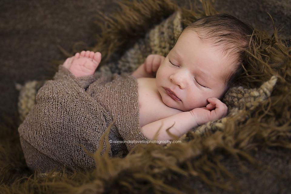 Fotografía recién nacido Sevilla