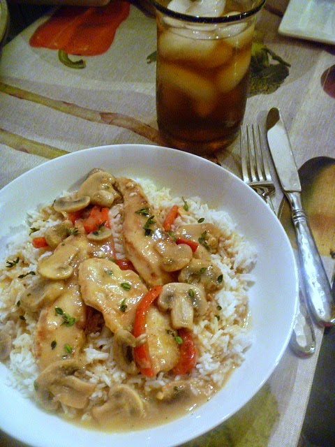 10 One Pot Meals that Dramatically Decrease the Heat in your Kitchen - Mediterranean Lemon Chicken -  Slice of Southern