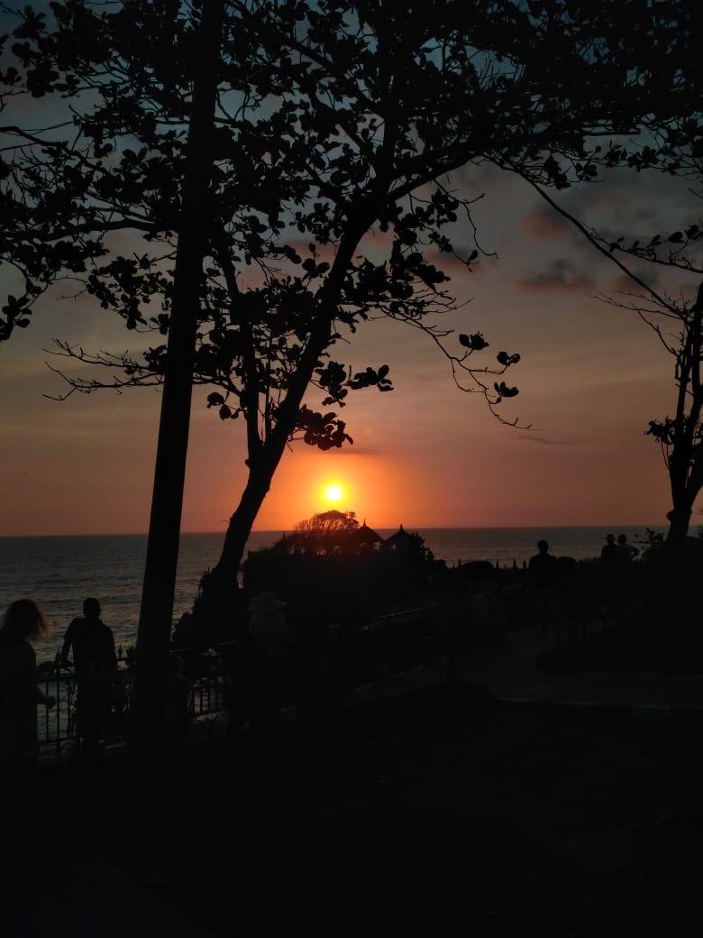 de jukung resto Tanah Lot Bali