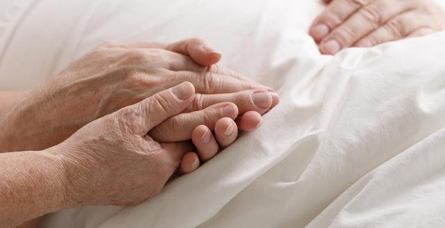 Ναύπλιο: Ζητείται κυρία για φροντίδα ηλικιωμένης γυναίκας