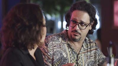 Mario (Lucio Mauro Filho) fica surpreso com palavras de Nana (Fabiula Nascimento) — Foto: TV Globo
