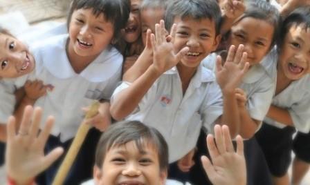 Hak dan Kewajiban, Rumah, Sekolah, Masyarakat, Warga Negara