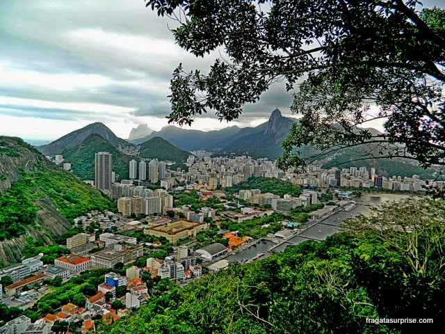 O bairro da Urca visto do alto do Morro da Urca