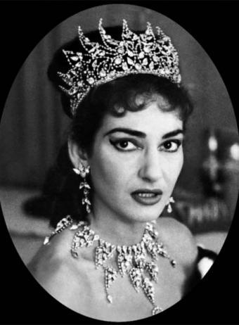 María Callas con corona