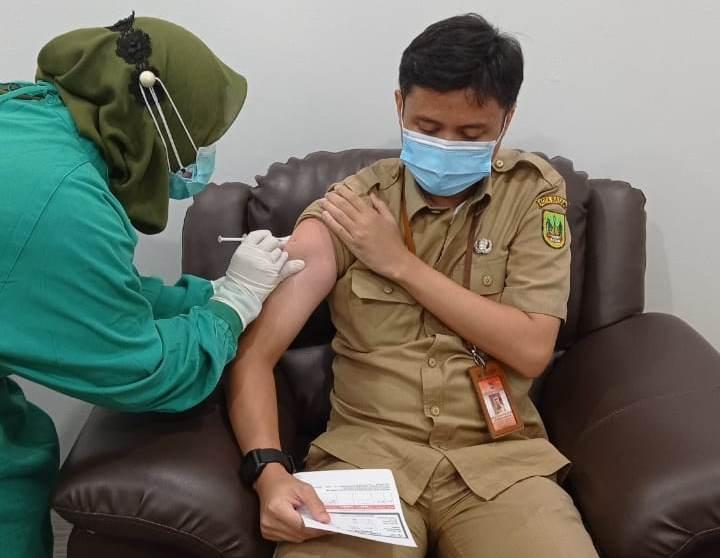 Pemko Gunakan Tujuh Rumah Sakit di Batam Untuk Menyuntik Vaksin Covid-19 Terhadap 1.082 ASN
