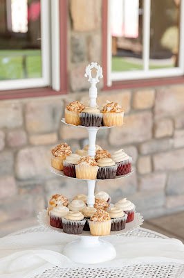 Cupcakes on 3 tier stand