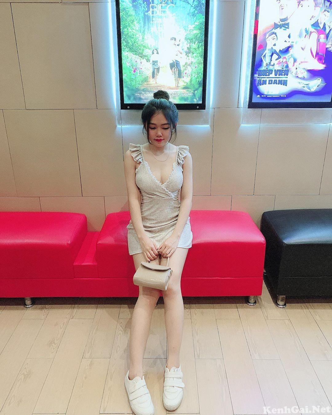 Model Trinh Trinh   E-CUP