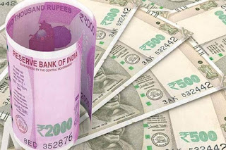 The-old-man-was-robbed-of-Rs-6-lakh
