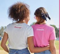 Logo H&M ''Vinci Valentine Divided'' : gratis coppie di T-shirt
