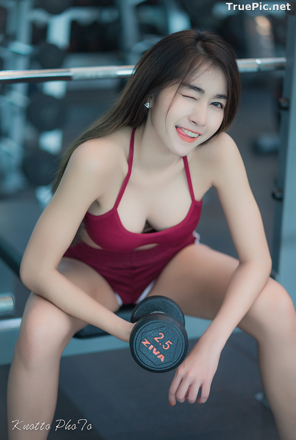 Image Thailand Hot Beauty Model - Nisa Khamarat - Red and Black Fitness Set - TruePic.net - Picture-6