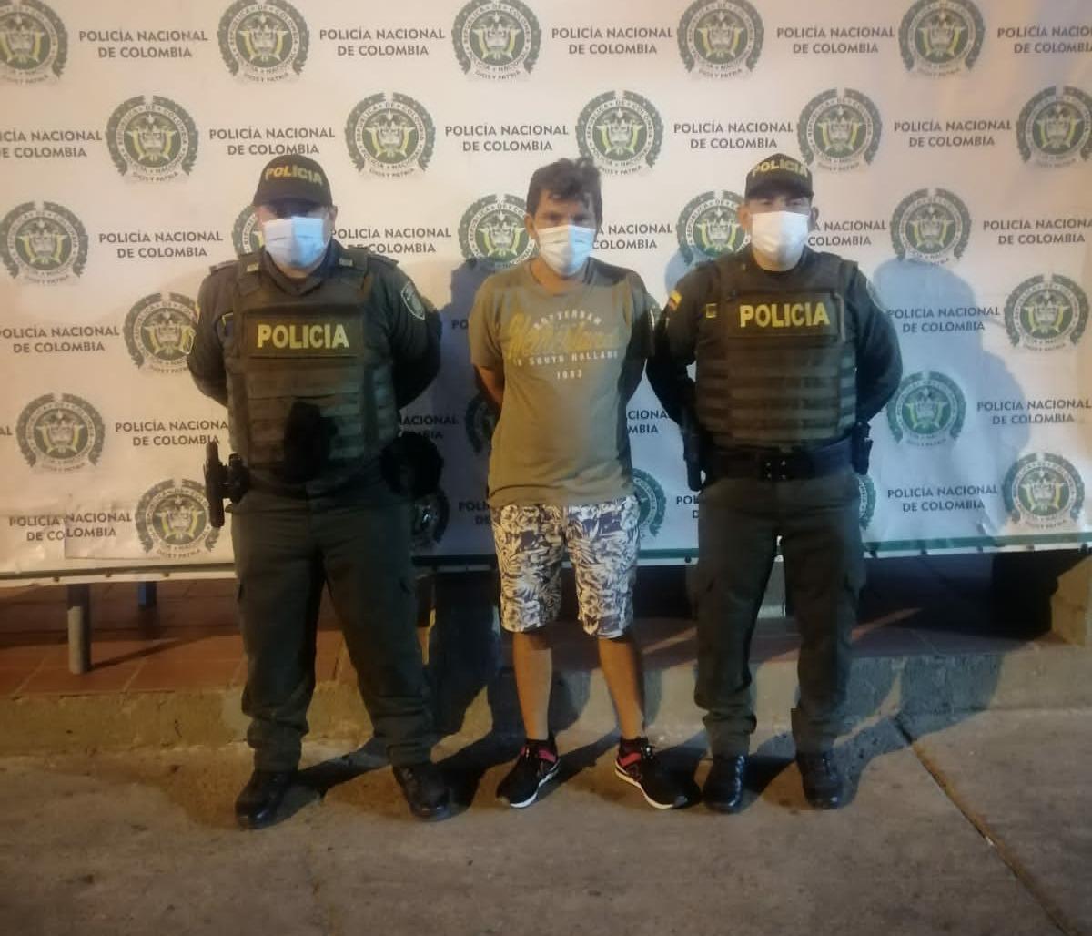 https://www.notasrosas.com/Por Acceso Carnal Violento Con Menor de 14 Años, fue capturado en Maicao