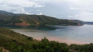 pantai pink manokwari