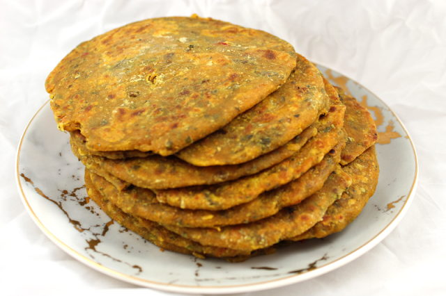 Skillet-Fried Flatbread with Lentils and Fenugreek