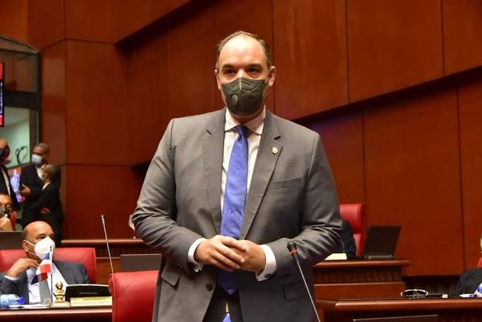 Senador José del Castillo considera CNE debe rectificar sustitución de directores regionales y distritales