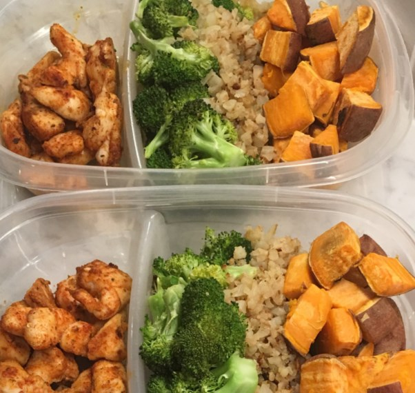 Spicy Chicken + Sweet Potato Bowls #mealprep #lunch