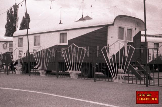 bureau et administration du cirque