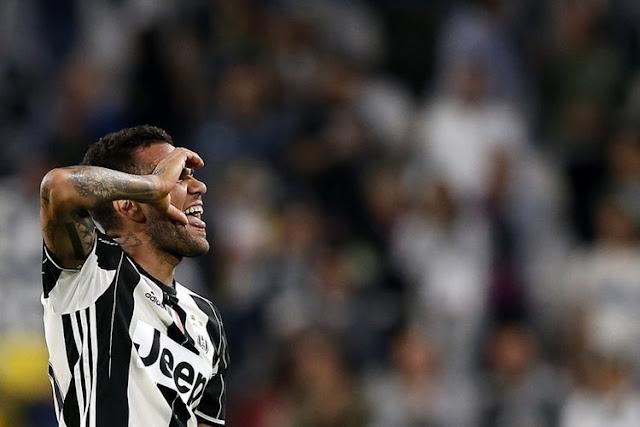 Hari Ini, Dani Alves Diperkenalkan sebagai Pemain PSG