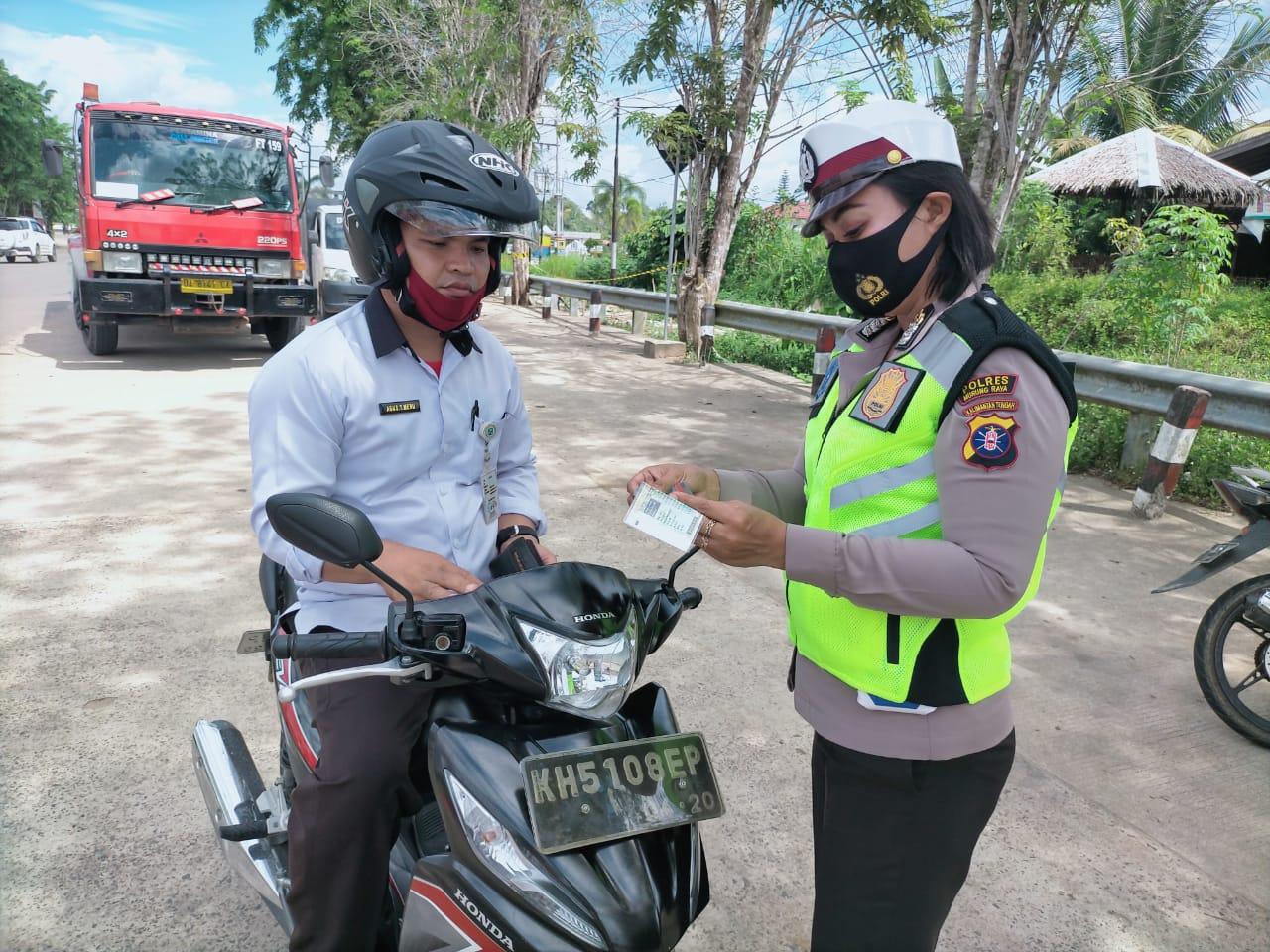 Operasi Patuh Telabang, Satlantas Polres Mura Gencar Imbau Masyarakat Patuh Protokol Kesehatan