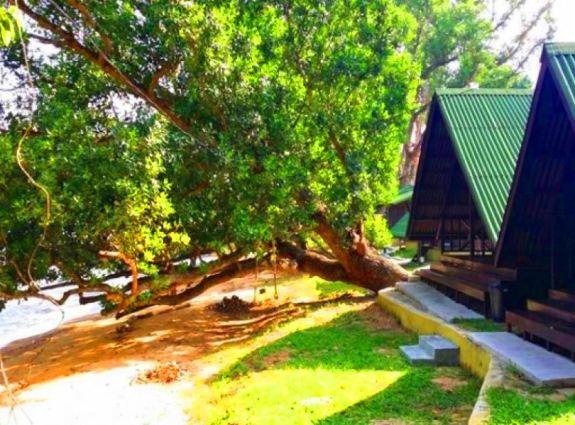 Umang Umang Chalet Pantai Kuala Sungai Baru jenis bilik
