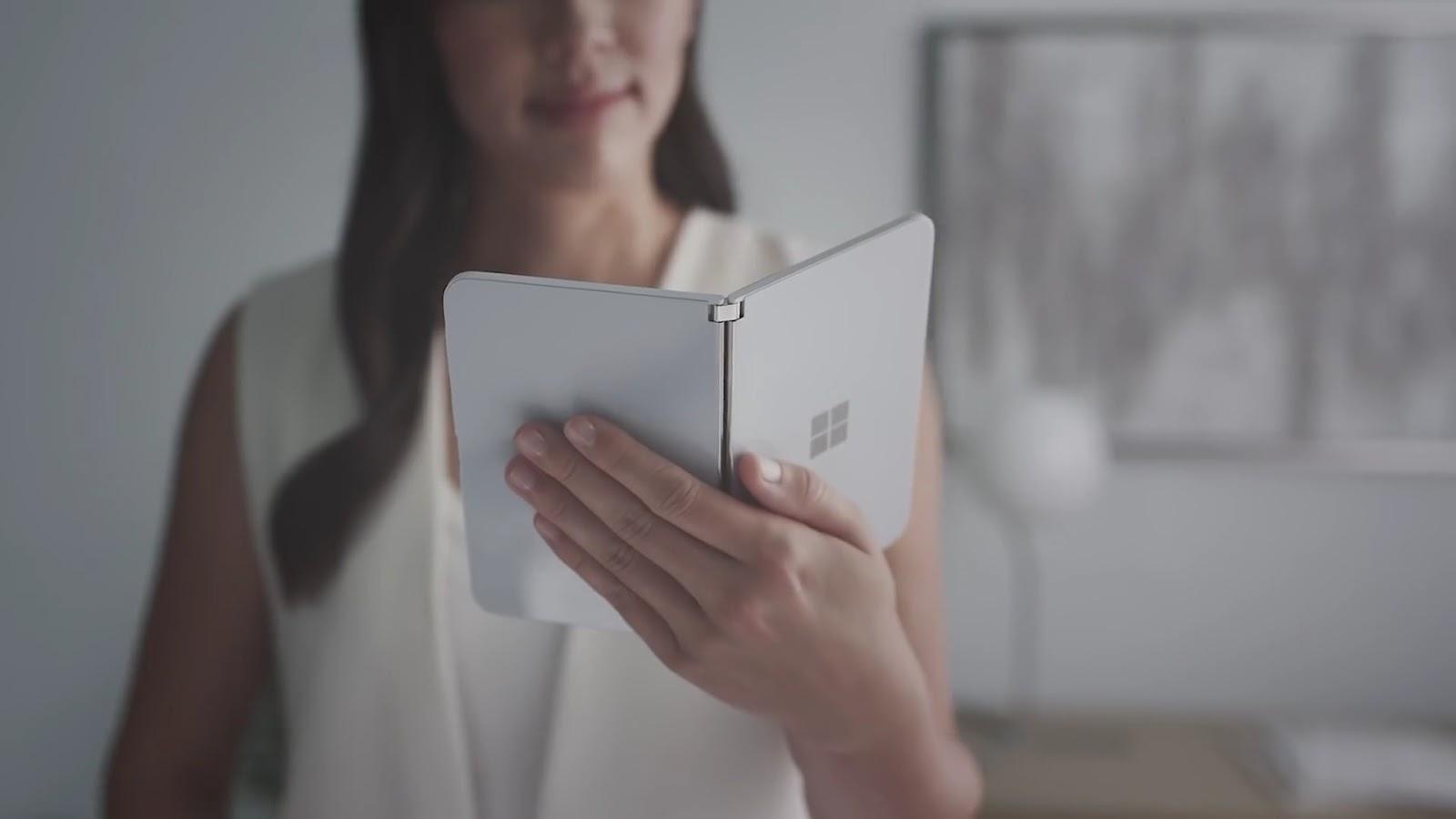 Microsoft Surface Duo Apidroid