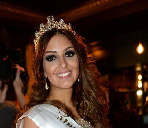 محمد الخامس يتزوج ملكة جمال موسكو
