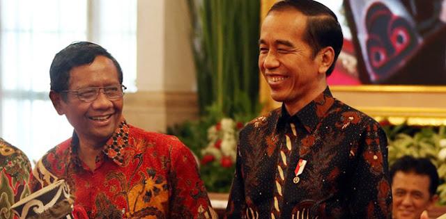 Saiful Anam: Presiden Jokowi Terlihat Ingin Ambil Alih Persoalan Polhukam Dari Mahfud MD