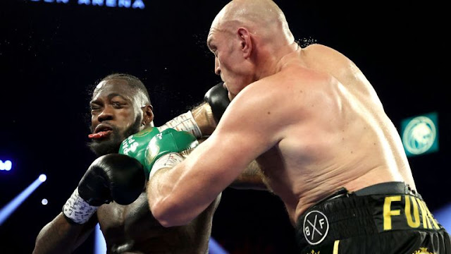 Tyson Fury Bloodies Deontay Wilder