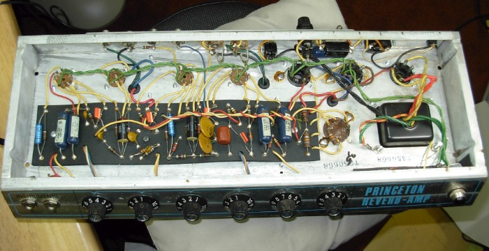 Full Bridge Class D Amp Using 555 Timer Geek Circuits