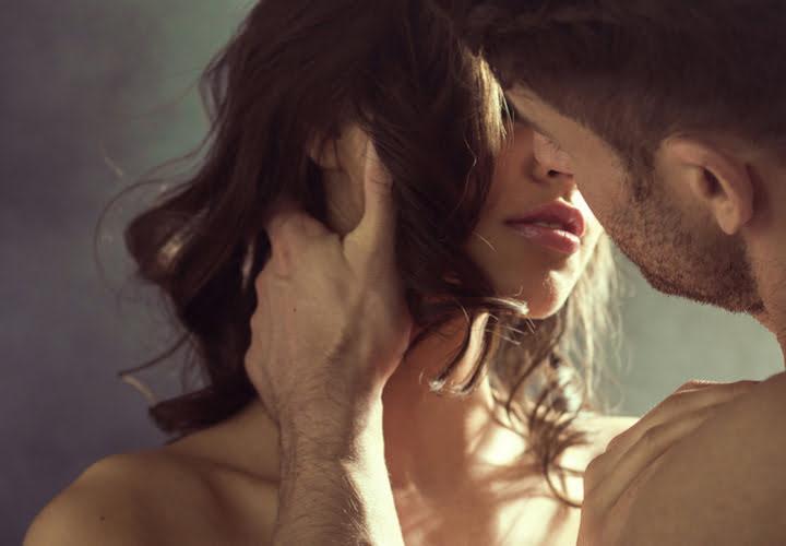 Secrete Erotice Care Il Transforma In Amantul Perfect