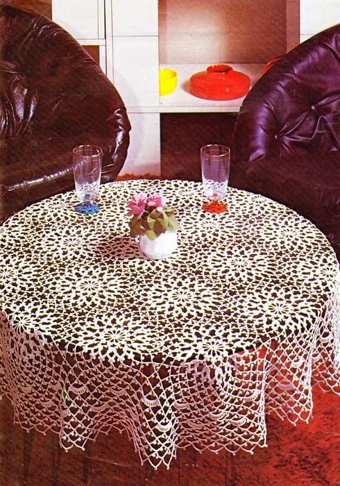 Mantel tejido al crochet para mesa circular