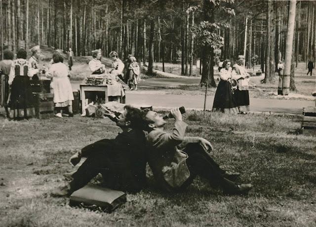 Рига. Межапарк. Праздник песни. В перерыве (источник фото: Salaspils Dabas Draugu Savienība)