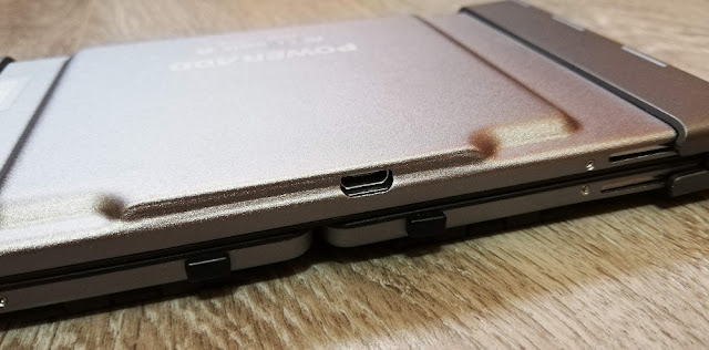 Puerto microusb teclado plegable