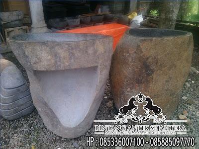 Pedestal Batu Alam